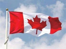 如何移民加拿大获永久居留身份,加拿大枫叶卡怎么申请