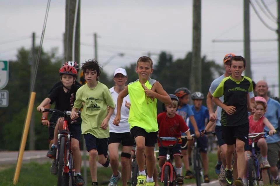 """为什么加拿大中学那么多,我却单单给孩子选了个""""搞体育""""的?"""