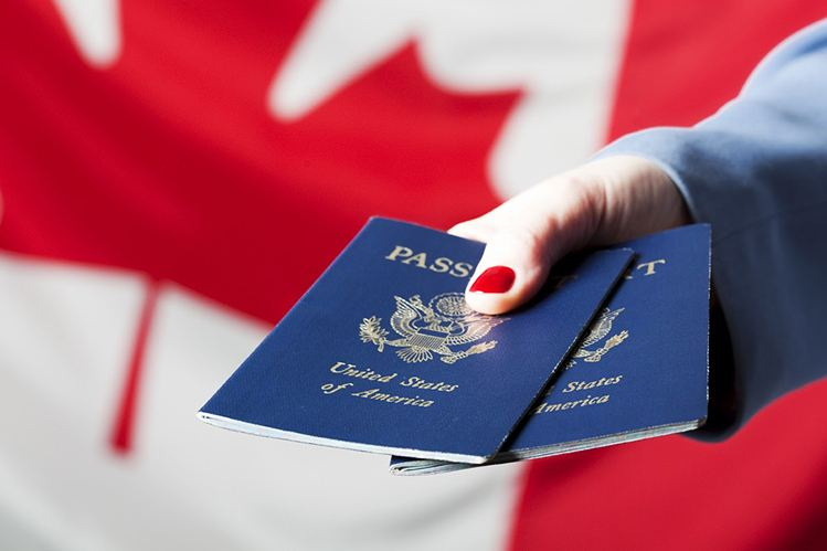 加拿大枫叶卡与加拿大公民的不同之处?