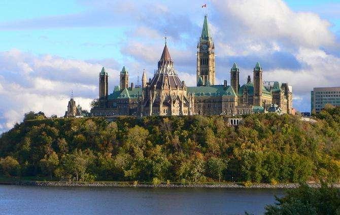 利好!魁北克移民部下月起恢复PEQ移民面试