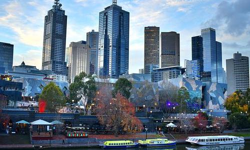 澳洲移民的条件是?拿永居容易吗