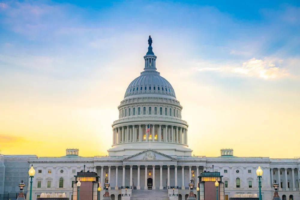 2021年8月美国移民排期:eb5投资移民非区域中心排期前进7天
